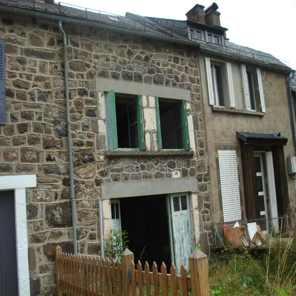 Offres de vente Maison de village Le Claux 15400