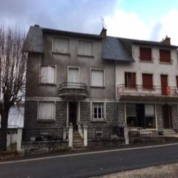 Offres de vente Maison de village Lugarde 15190