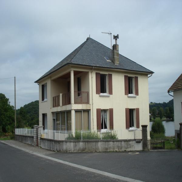 Offres de vente Maison Menet 15400
