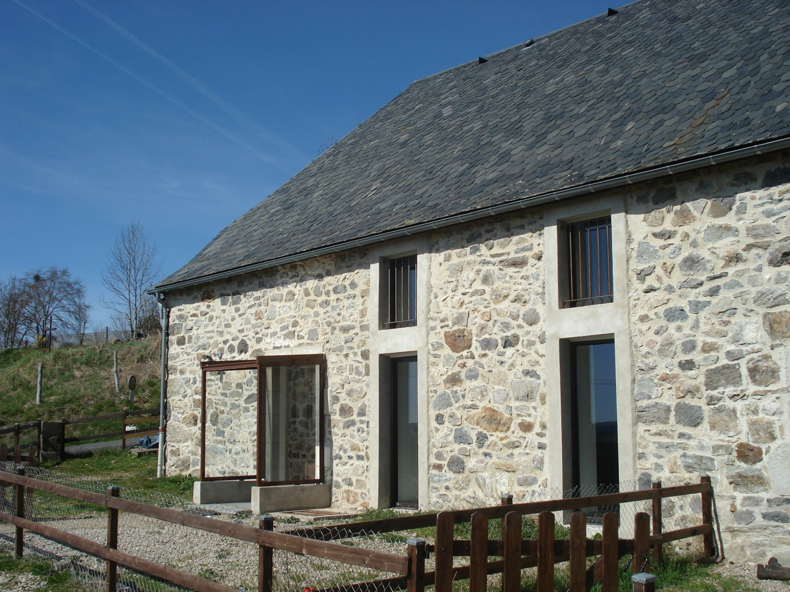 Offres de location Maison de village Marchastel 15400
